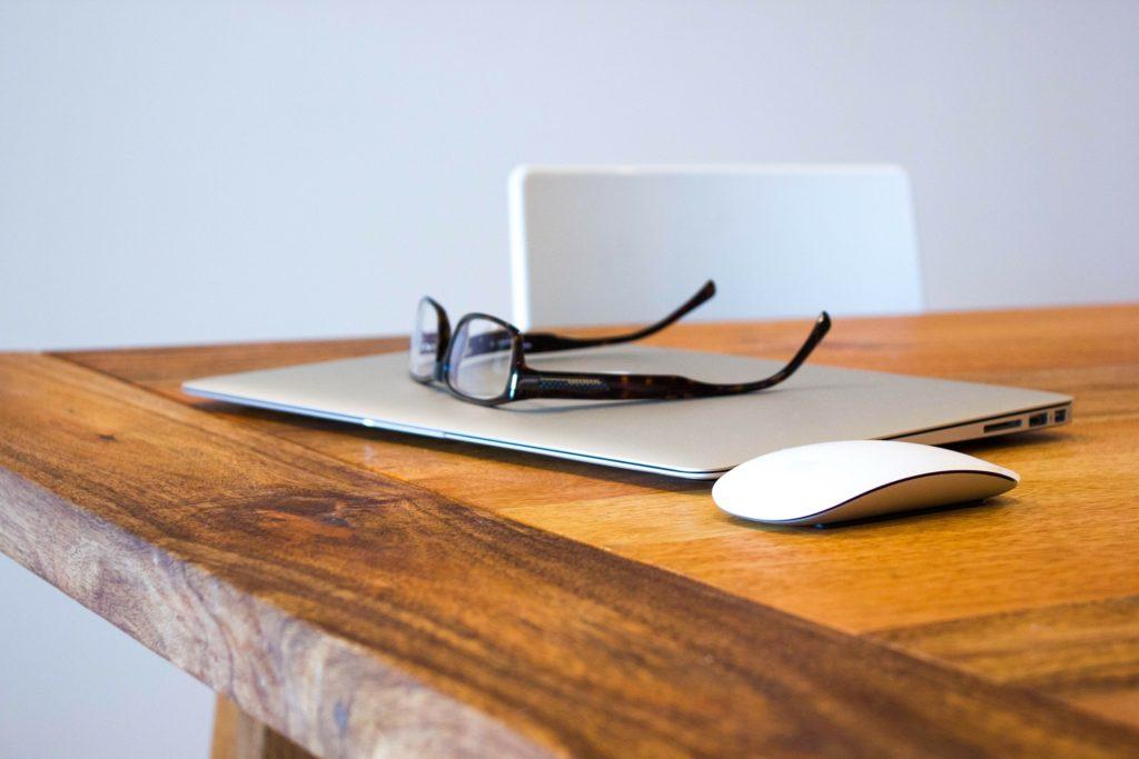 prowadzenie bloga cennik - jak go prowadzić w 2020 roku